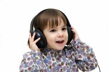 儿童时期影响听力的几种疾病