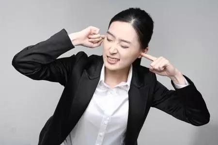 中国1.3亿耳鸣患者有1亿是中、青年人,居然是因为做了这些